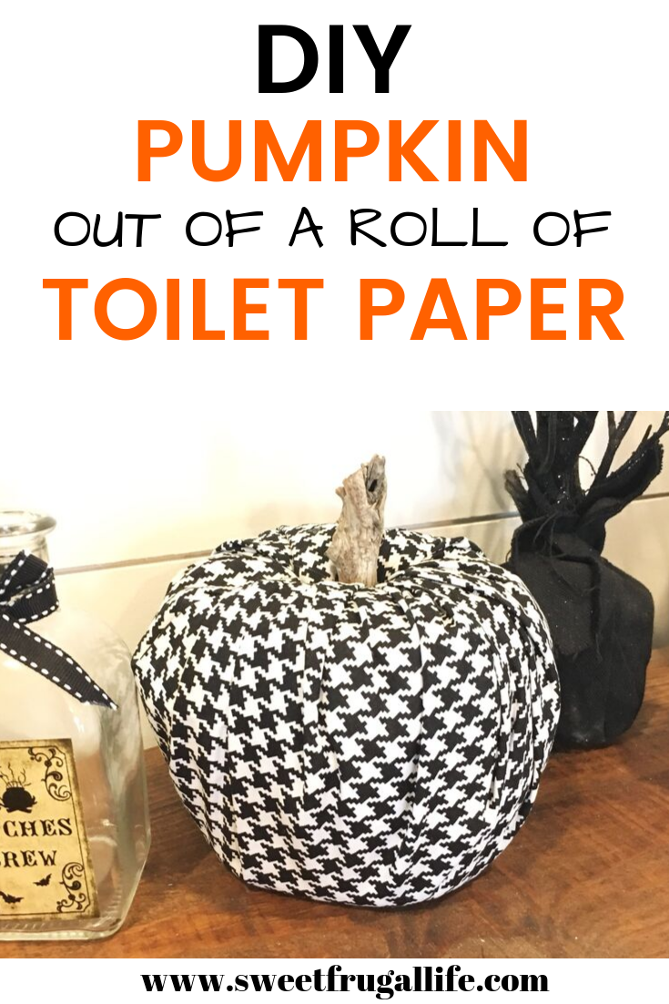 DIY Pumpkin out of a toilet paper roll
